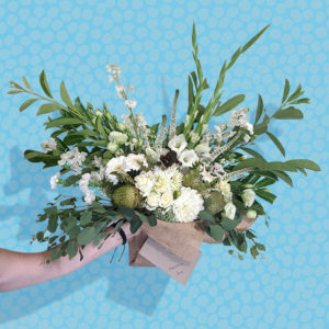 large bouquet of white flowers